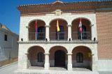 Casa consistorial de Alcazarén.jpg
