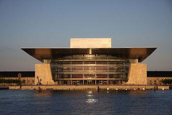 Copenhagen Opera House 16-5-2008.JPG