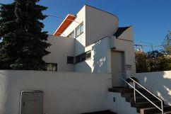 Casa 33 en la Colonia Weissenhof, Stuttgart, Alemania (1926-1927).