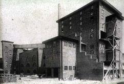 Poelzig.fabrica de productos quimicos luban.3.jpg