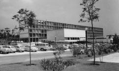 Escuela de Altos Estudios Mercantiles, Barcelona (1956-1957)