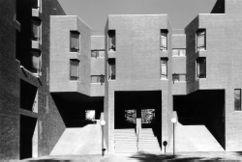 Residencia y comedores, Universidad New Hampshire (1969-1972)}}