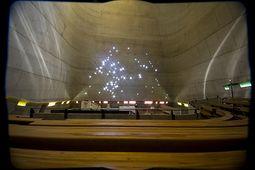 Le Corbusier.Iglesia Saint Pierre.6.jpg
