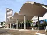 Estación de autobuses de Londrina (1950-1952) junto con Carlos Cascaldi.