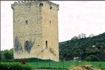 Torre del Condestable.jpg