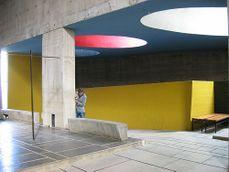LeCorbusier.Convento La Tourette.13.jpg