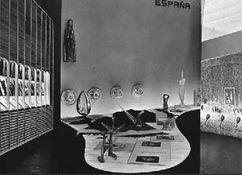 "Pabellón en la ""IX Triennale di Milano"" (1952)"