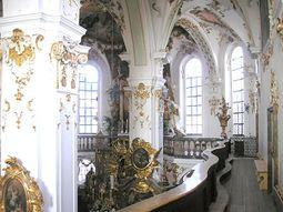 La galería en el interior de la Iglesia