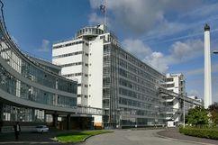 Fábrica Van Nelle, Róterdam, (como Ingeniero) (1925-1931)