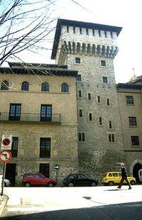 Torre de Doña Otxanda (Vitoria).jpg