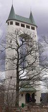 Torre Schoenberg, al sur de la montaña Pfullingen, sobre el Valle Echaz (1905)