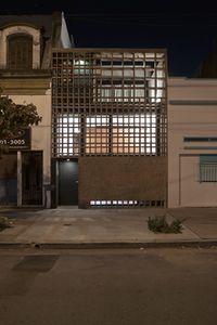 VenturaVirzi.CasaLadrillos.1.jpg