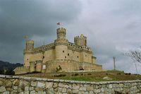 Vista exterior del Castillo de los Mendoza.