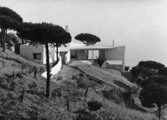 Casa Ugalde, Caldas d'Estrac (1951-1952)