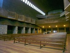 Aranzazu - Basilica 03.JPG