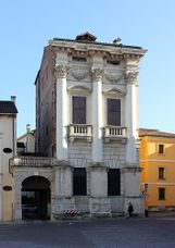 Palacio Porto en plaza Castello, Vicenza (1571-1585)