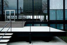 Mies.Crown Hall.3.jpg