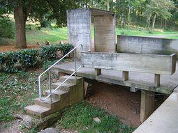 LeCorbusier.Convento La Tourette.5.jpg