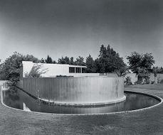 Richard Neutra.Casa von Sternberg.2.jpg