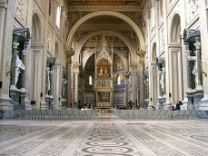 San Giovanni in Laterano .interior.jpg