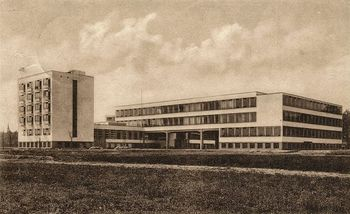 Gropius.Edificio Bauhaus.9.jpg
