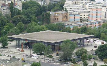 Neue Nationalgalerie Berlin - von oben.jpg