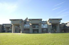 Edificio Grupo 2 SMTI, University of Massachusetts Dartmouth, North Dartmouth, MA (1966-1969)