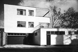 Gropius.Casa levy.9.jpg