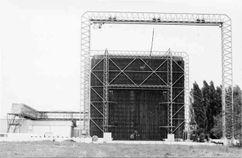 Sala de alta tensión de los Institutos electrotécnicos, Graz (1966-1972)