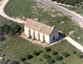 Ermita de San Roque de Ternils.jpg