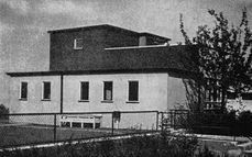 BrunoTaut.Casa19Weissenhof.2.jpg