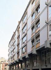 Edificio de viviendas en Vía Augusta, Barcelona (1963-1964)