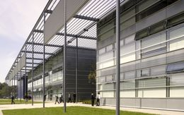 London Academy, Edgware, Londres (2002-2006)