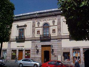 Antiguo Real Hospital de San Juan de Dios, actualmente Hotel Los Juaninos.