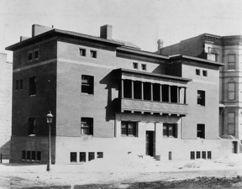 Casa James Charnley, Chicago (1891-1892) como colaborador de Louis Sullivan
