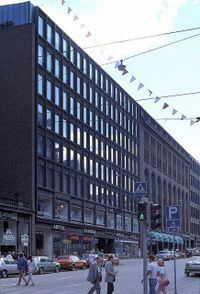 Aalto.EdificioRautatalo.jpg