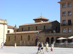 Oviedo. SanTirso.jpg