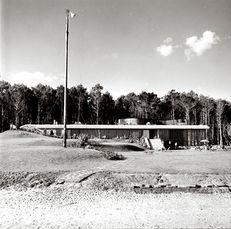 Hostería La Solana del Mar, Punta Ballena (1945-1947)