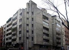 Edificio de viviendasen calle Montesquiza, Madrid (1966-1968)
