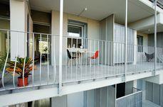 Lopez y Rivera.27 viviendas en Sant Adriá 35.1.jpg