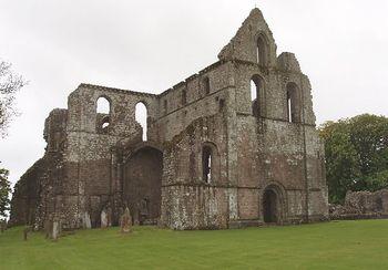 Dundrennan Abbey.jpg