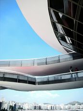Niemeyer.MuseoNiteoi.3.jpg