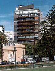 Viviendas en Posadas 1695, Buenos Aires (1957-1959)