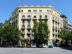 Casa Eusebi Castells, Bruc 36, Barcelona (1905)