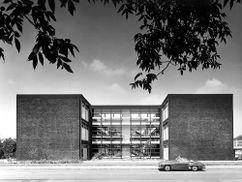 Escuela Roland, Düsseldorf (1957-1961)