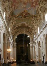 Santa Maria del Carmine, interno.JPG