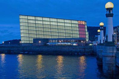 Palacio de Congresos y Auditorio Kursaal.jpg