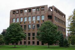 Biblioteca de la Academia Phillips Exeter, Exeter, New Hampshire (1965-1972)