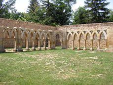 Monasterio de San Juan de Duero - Arcos 4.jpg