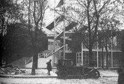 Konstantin Melnikov.Pabellon sovietico.6.jpg